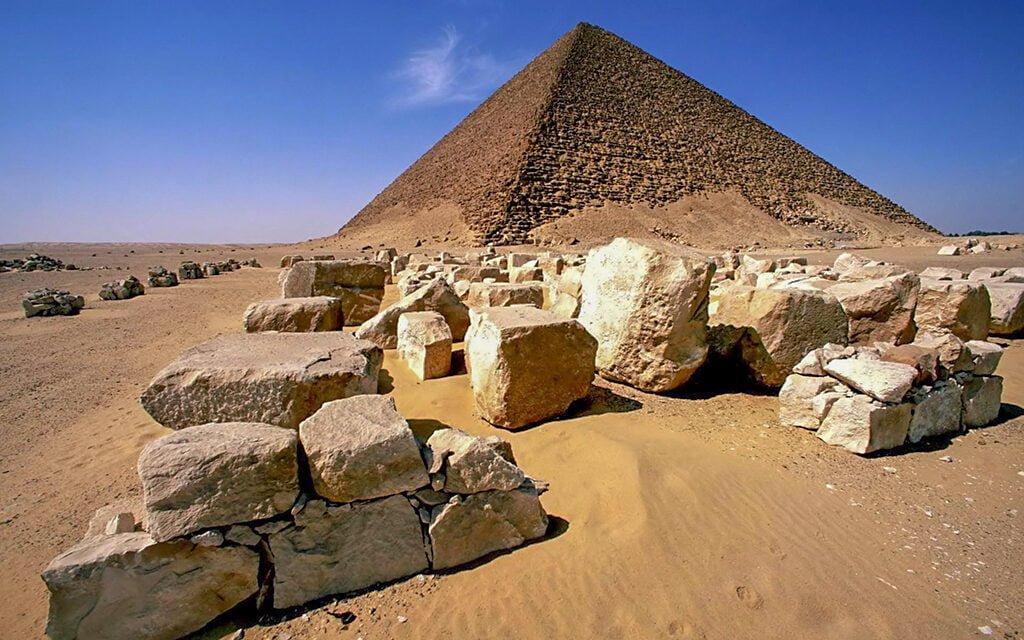 Красная пирамида Снофру