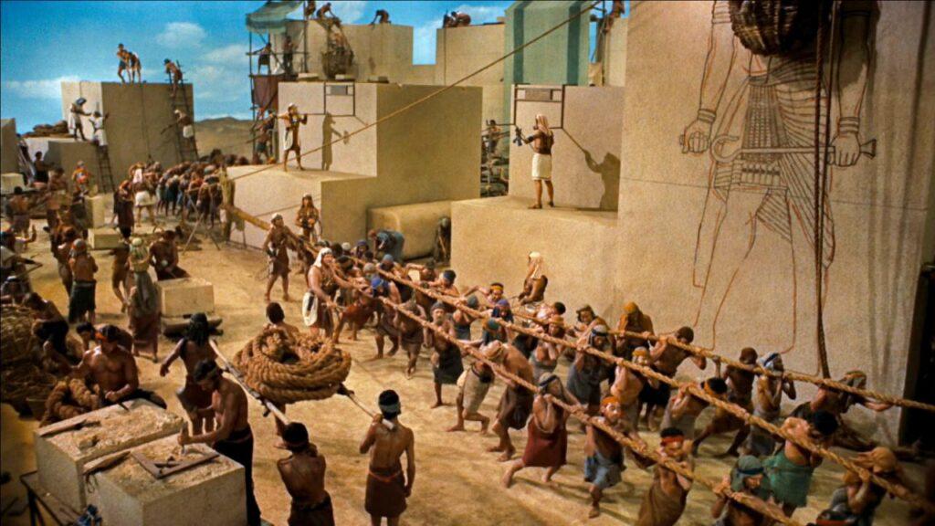 Рабы Египта на строительстве пирамиды