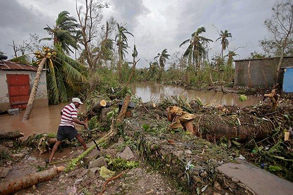 Землетрясение на Гаити в 2010 году. тропический шторм на Гаити