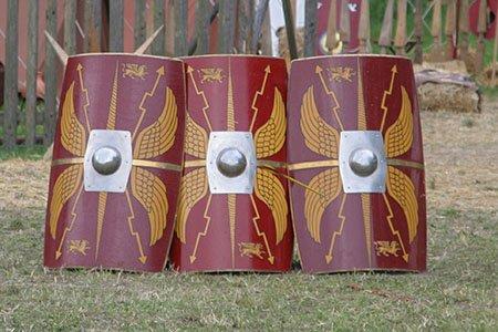 Древнеримские солдаты и 10 интересных фактов о них.