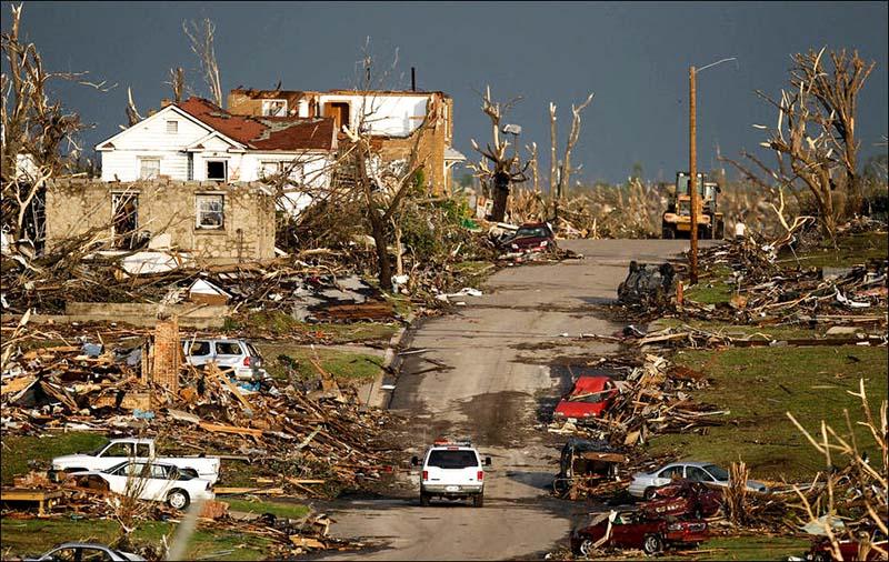 Разрушения после торнадо факты