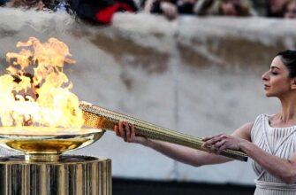 Олимпийский огонь Соединение современной и древней олимпиады