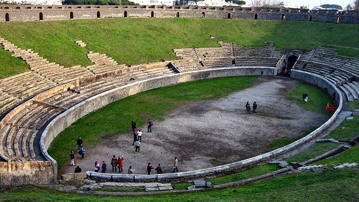 амфитеатр, Помпеи