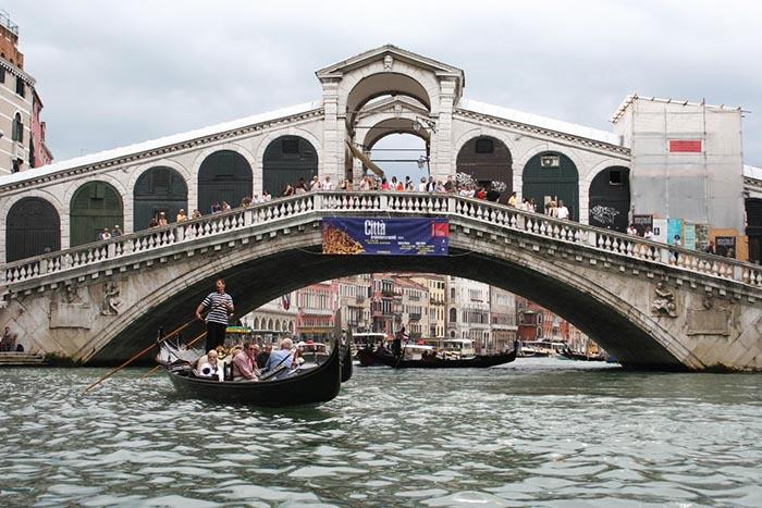Мост Риальто выдержал испытание временем