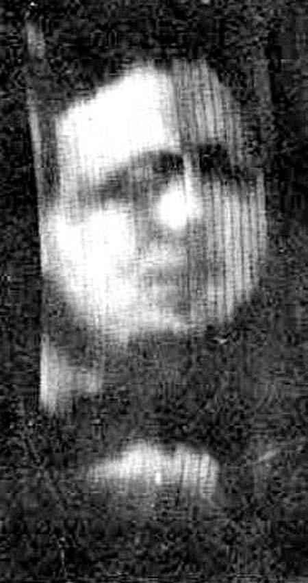 Первая известная фотография движущегося изображения, созданного на телевидении Бэрда, около 1926 г. Бэрд