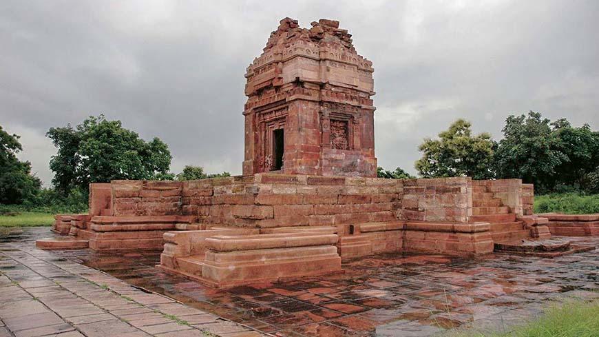 Храм Дашаватара в Деогархе, Уттар-Прадеш