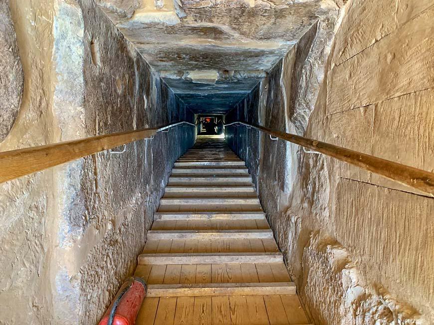 тунель грабителей пирамид